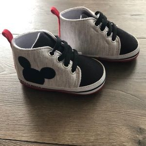 Baby Mickey Mouse Hightop Size 6-9 months